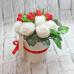 """Букет из мыла """"Белые розы с клубникой"""" Мыло ручной работы в Тюмени – купить или заказать на MixSoap.ru Универсальный букет подойдет на день рождения, юбилей или любую памятную дату.  Цена от 750 ₽"""