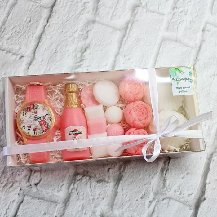 """Для неё Набор мыла """"Загадай желание""""Мыло ручной работы в Тюмени – купить или заказать на MixSoap.ru Универсальный букет подойдет на день рождения, юбилей или любую памятную дату.  Цена от 750 ₽"""